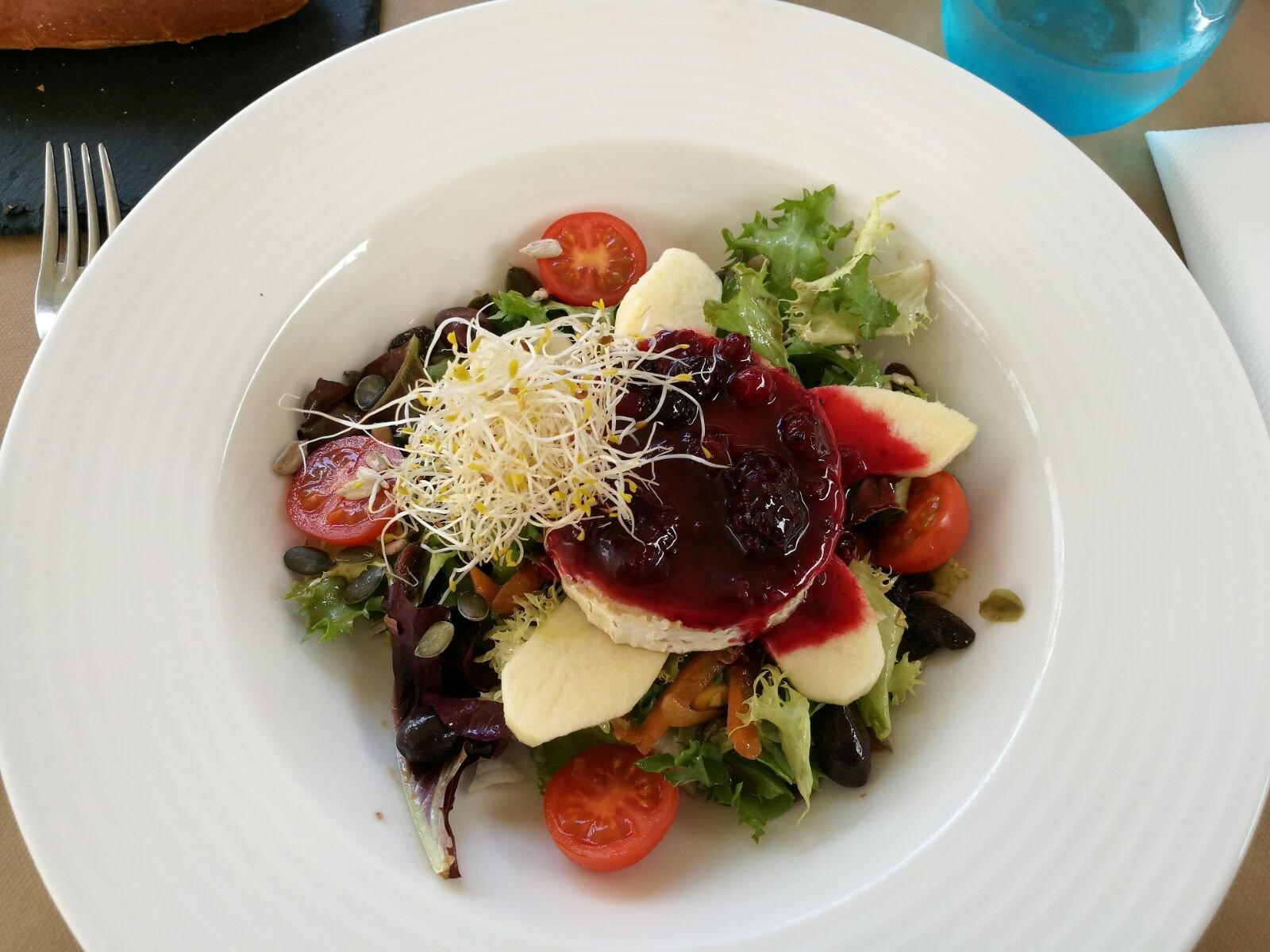 Meal in Ca Na Olga in Menorca