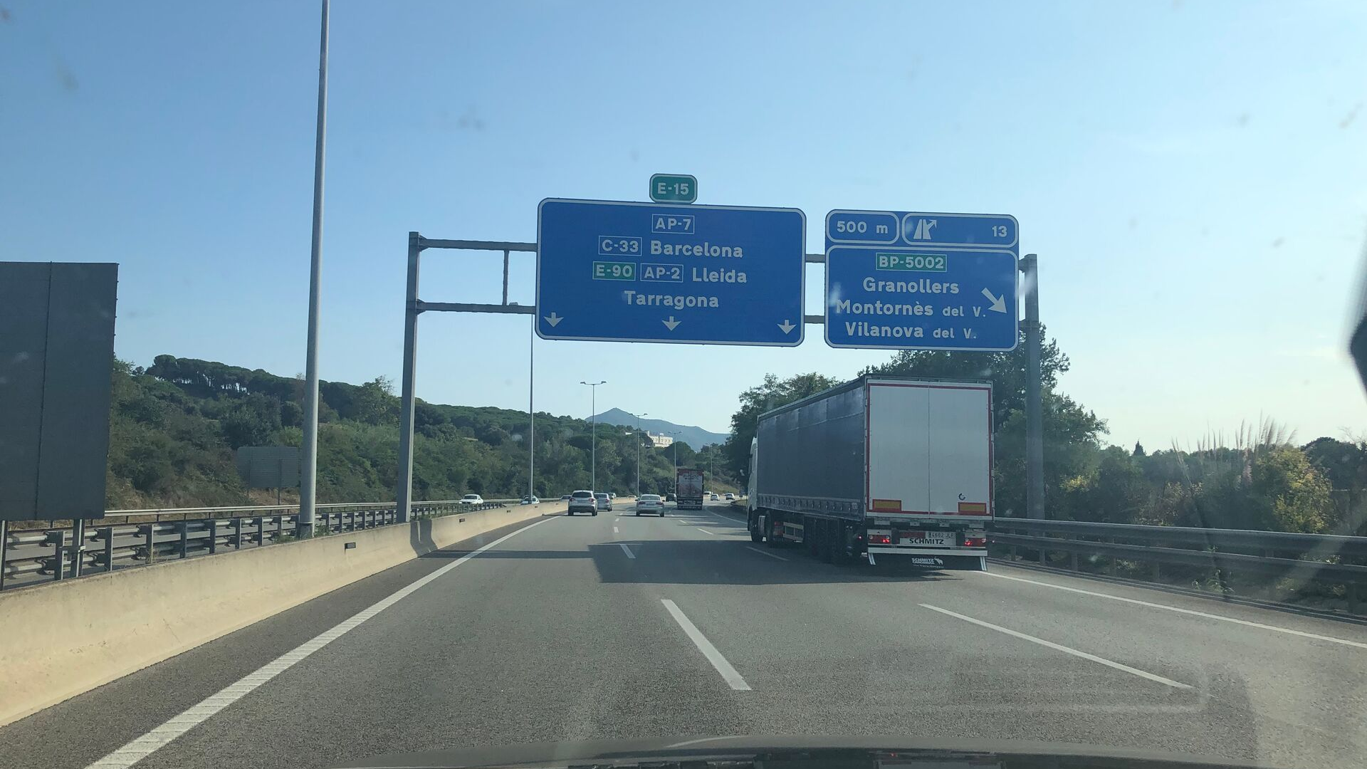 Car Journey from France to Spain Signs