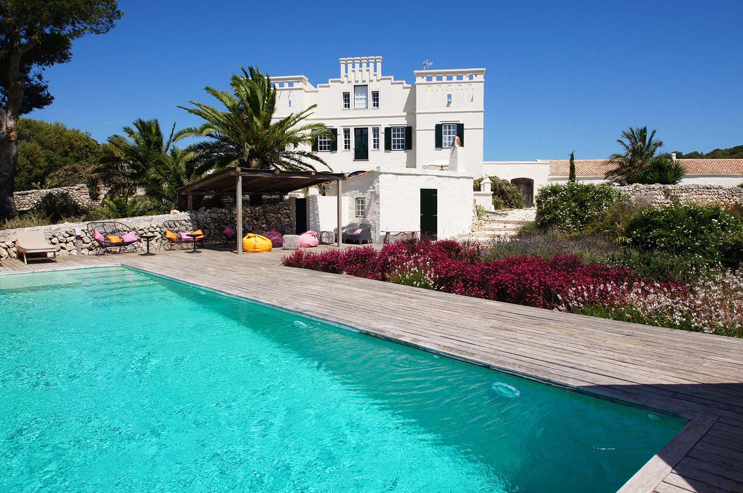 Exclusive and private 5 star villa to rent in Menorca