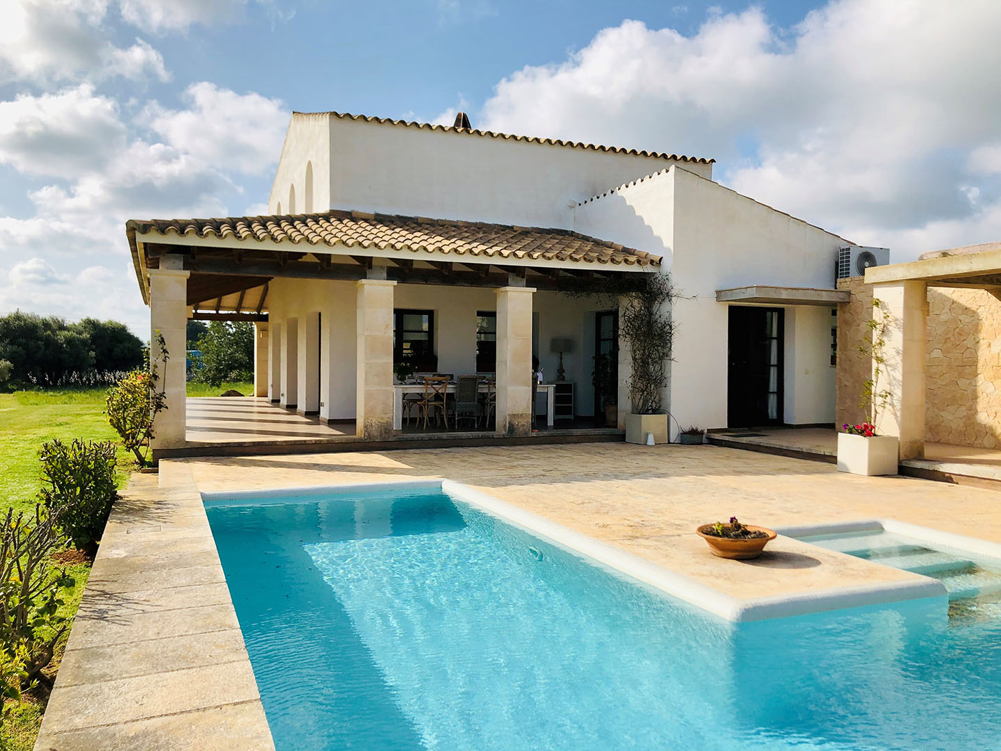 Villa to rent in Binidali Menorca with 3 Bedrooms