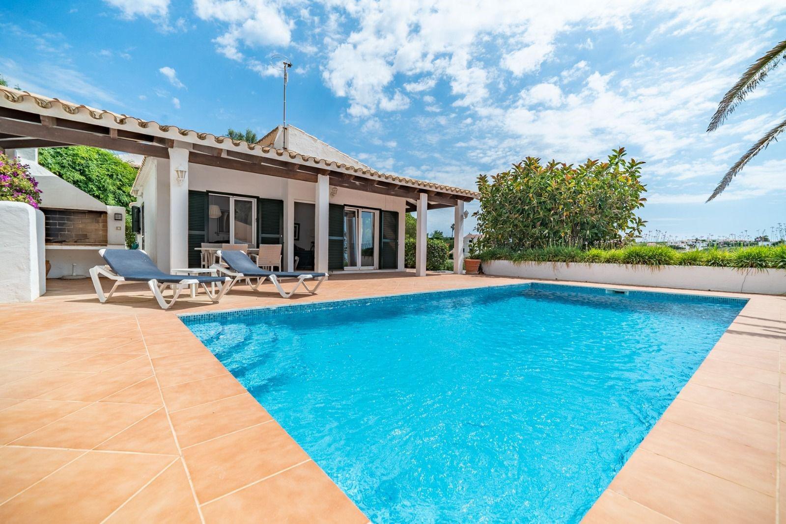 Cheap Villas to rent in Menorca